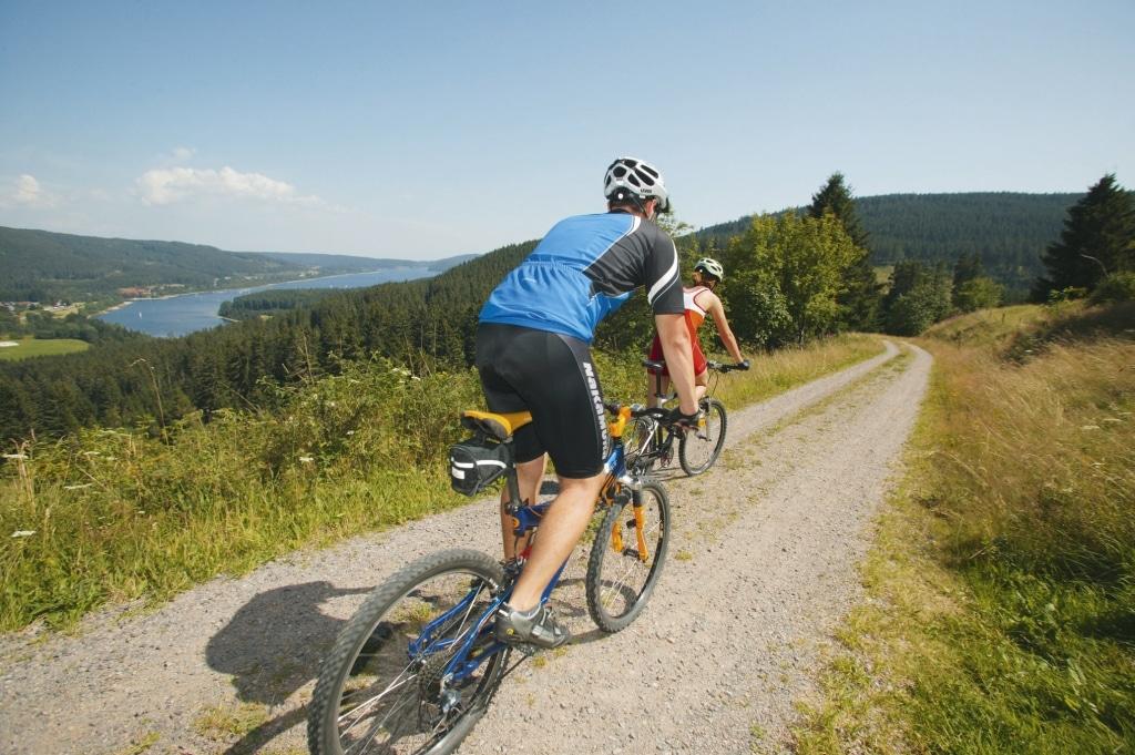Mountainbike-Tour oberhalb des Schluchsee © HTG