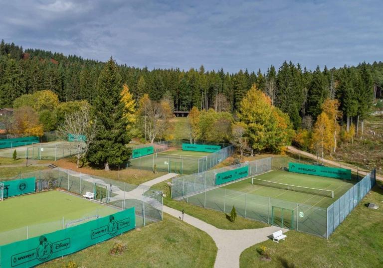 Tennis-Außenplätze im Vier Jahreszeiten am Schluchsee