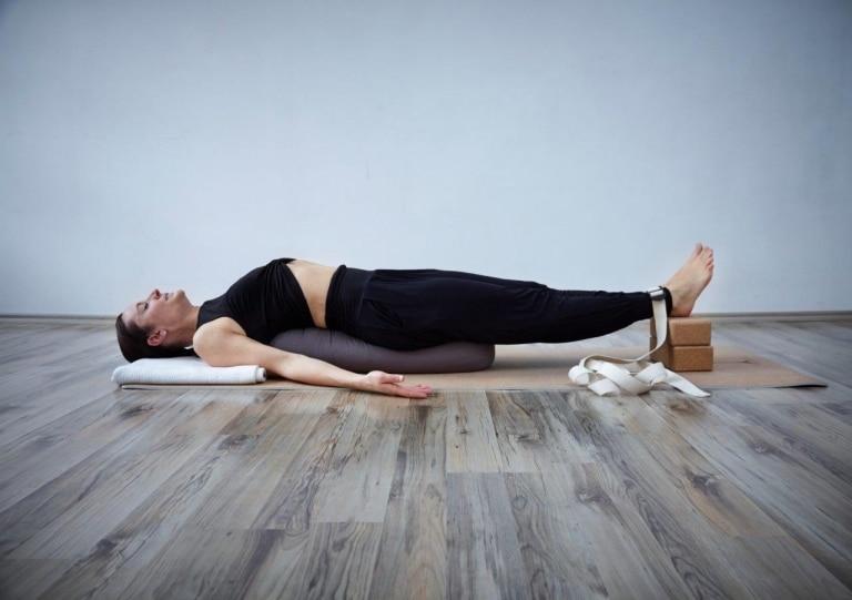 Entspannung beim Yoga im Hotel Vier Jahreszeiten